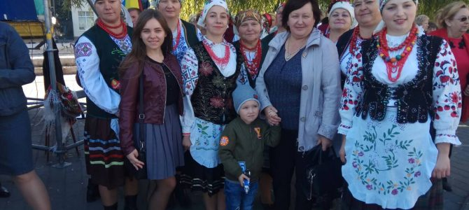 Учасники вечірньої гімназії для дівчат «Берегиня»  побували на святі прадідів